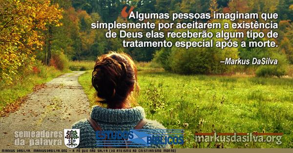 Mulher andando numa floresta cedo com texto sobre o artigo: A Fé Que Não Salva (Do Ateismo ao Cristianismo Morno) [Com Áudio]