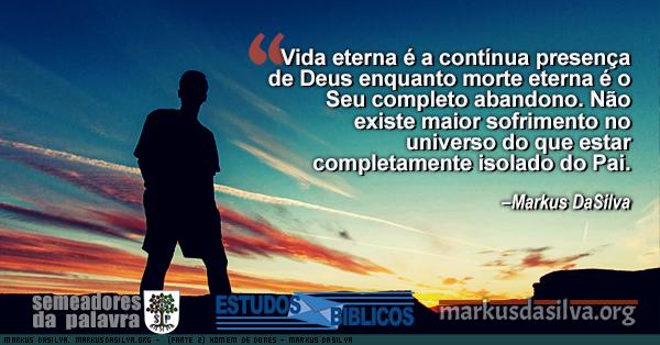 Homen em contraste com o ceu azulado no anoitecer de mais um dia com Estudo Bíblico - HOMEM DE DORES (PARTE 2) - Markus DaSilva